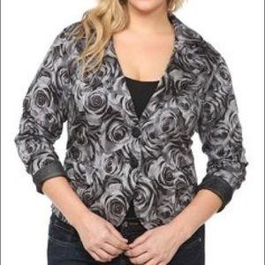 Torrid Black & White Rose Printed Blazer Jacket